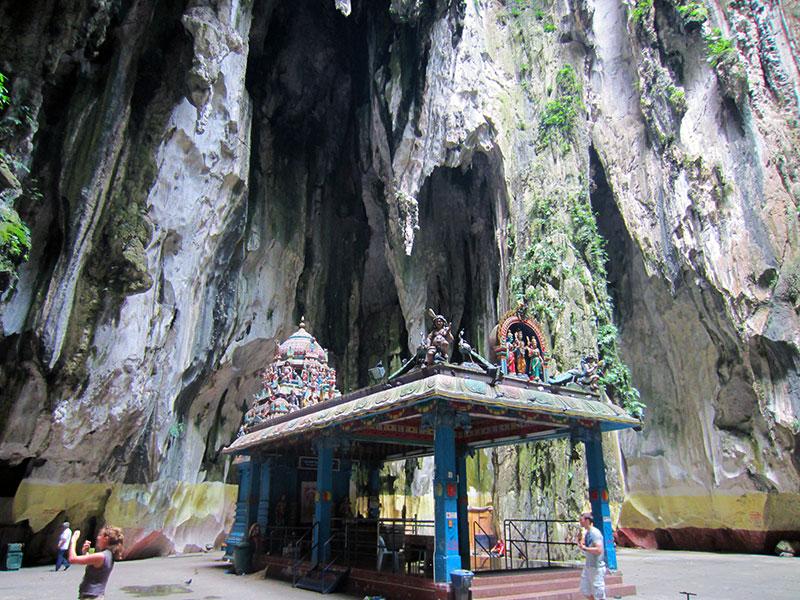 temple battu cave