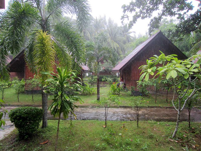kaw kwang beach resort pluie