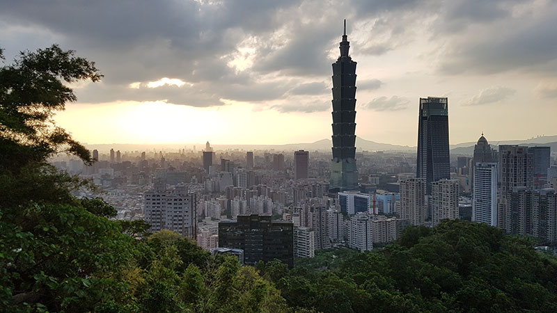 elephant mountain Taipei tower